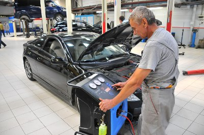 заправка кондиционера автомобиля екатеринбург